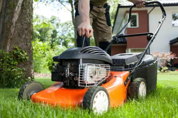 Start a Lawn Mower That Has Been Sitting: The Easiest Way